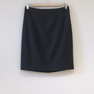 Club Monaco Wool Black Pinstrip Pencil Skirt Sz 6